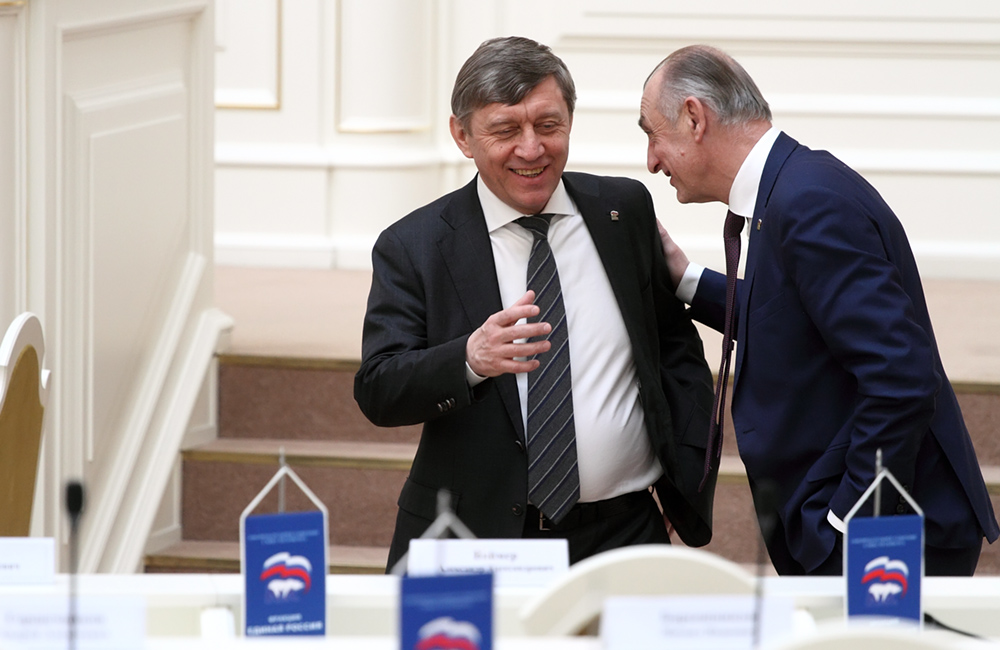 фото ЗакС политика Вице-спикер ЗакСа Соловьев: Костяк правительства сохранится, но будут и новые лица