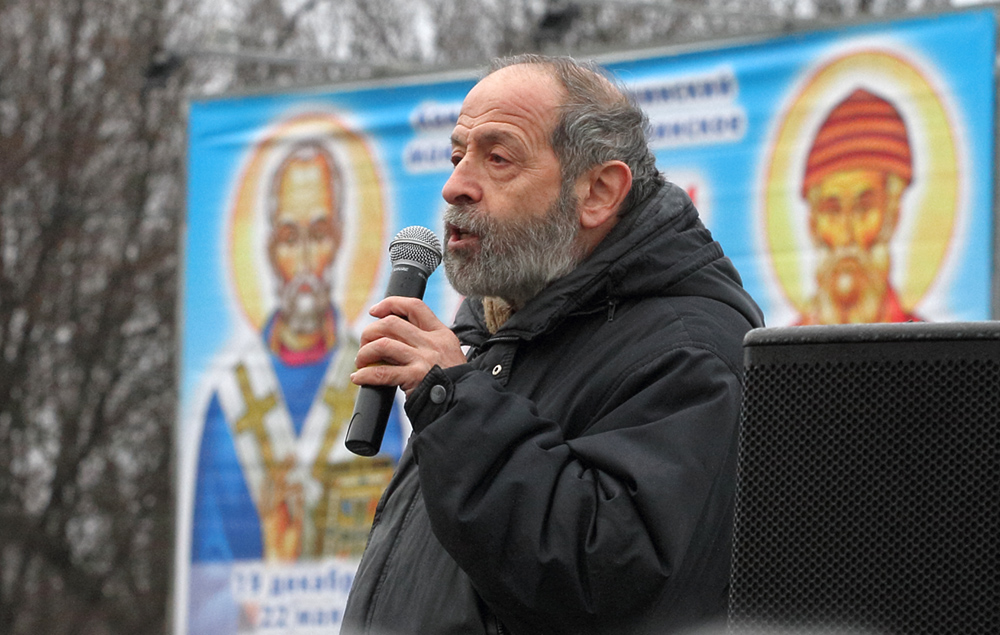 фото ЗакС политика Вишневский потребовал ограничить работу бара в центре Петербурга
