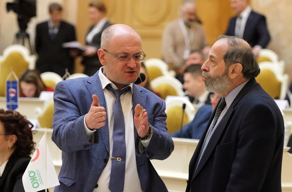 Вишневский и Резник потребовали у Беглова не сокращать работников культуры