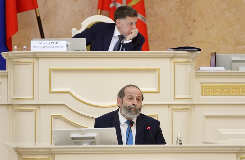 Вишневский предложил сократить налог на имущество не только для гостиничного бизнеса