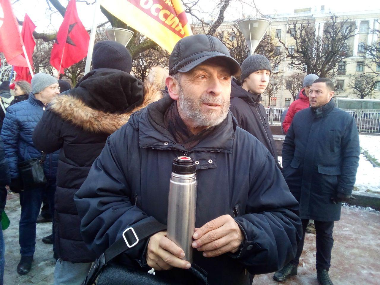 фото ЗакС политика Вишневский напомнил Беглову, что КС не считает ношение масок на митингах сокрытием лиц
