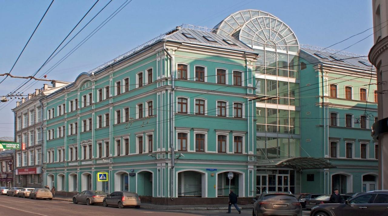 фото ЗакС политика Московскому университету управления присвоят имя Юрия Лужкова