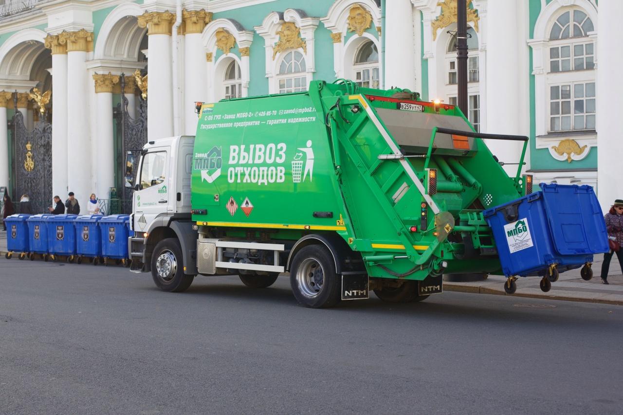 фото ЗакС политика Ленобласть обдумывает, как лучше взимать экологический сбор за петербургский мусор
