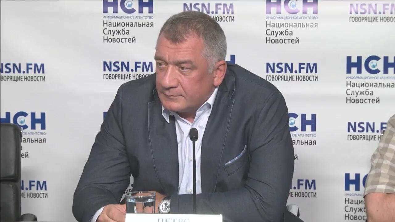 фото ЗакС политика Депутат Заксобрания Ленобласти Петров заявил, что его заказали