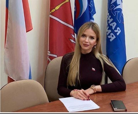 фото ЗакС политика Поп-певица Михальчик рассказала, как стать депутатом