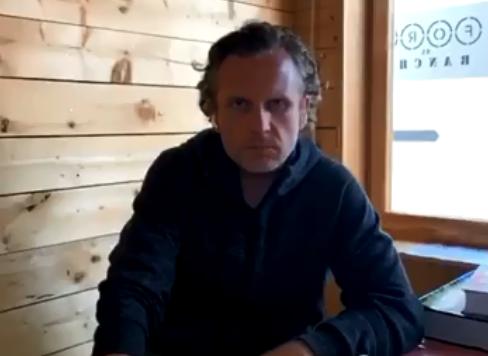 Максим Левченко планирует судиться со Смольным за открытие фуд-кортов