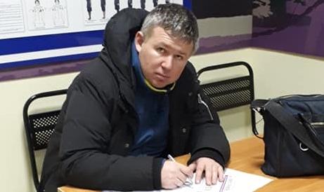 """фото ЗакС политика Идрисов отрицает обвинения фонда """"Русь сидящая"""" в оказании платных услуг"""