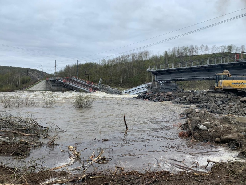 фото ЗакС политика СК возбудил дело об обрушении железнодорожного моста в Мурманской области