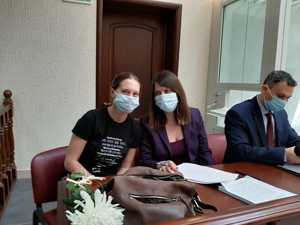 В Пскове началось рассмотрение дела журналистки Прокопьевой