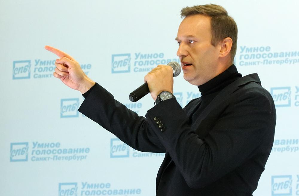 """фото ЗакС политика Программа Навального """"Пять шагов для России"""" набрала необходимые 100 тысяч подписей на РОИ"""