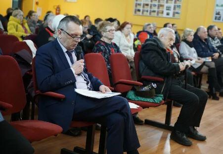 """фото ЗакС политика Муниципальный совет МО """"Светлановское"""" лишил мандата бывшего главу"""