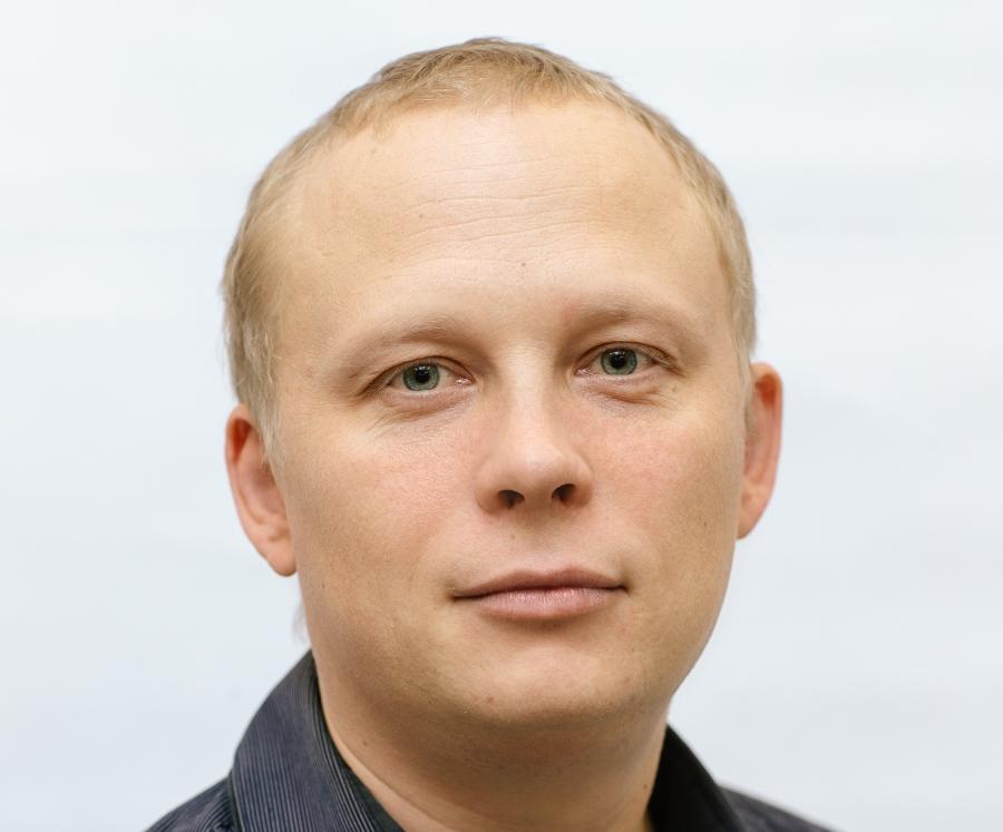 фото ЗакС политика Однофамилец эсера Шмакова решил принять участие в довыборах в ЗакС