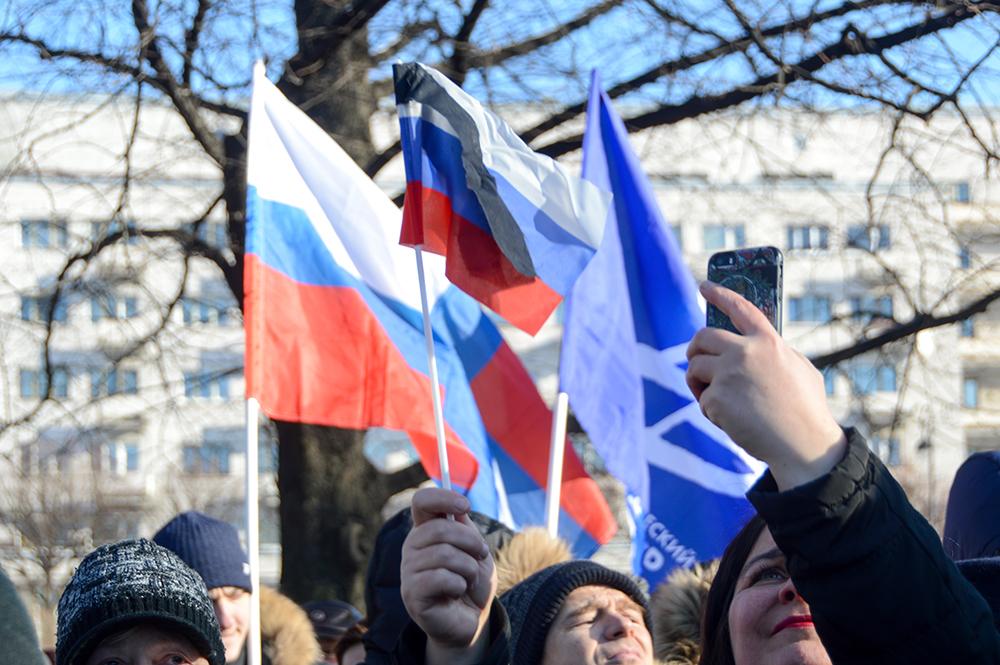 фото ЗакС политика Депутат Цивилев: Перед каждой несогласованной акцией людей предупреждают о ее незаконности