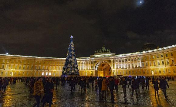 фото ЗакС политика Центральные проспекты Петербурга украсят к Новому году до 1 декабря