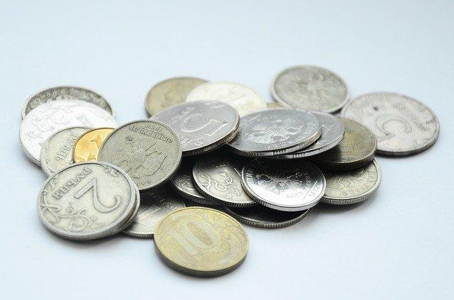 фото ЗакС политика Прожиточный минимум в Петербурге должен вырасти на 26 рублей