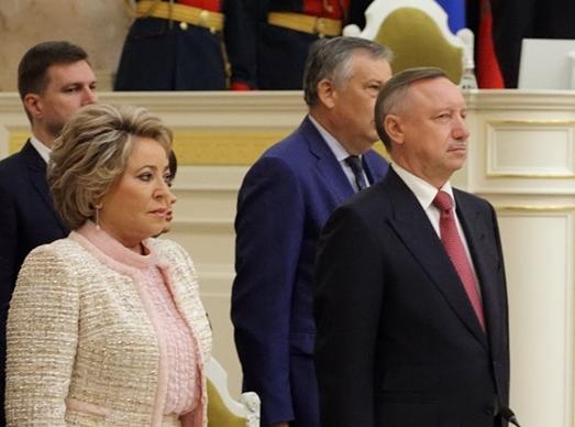 фото ЗакС политика По случаю годовщины прорыва блокады Матвиенко обратилась к Беглову и петербуржцам