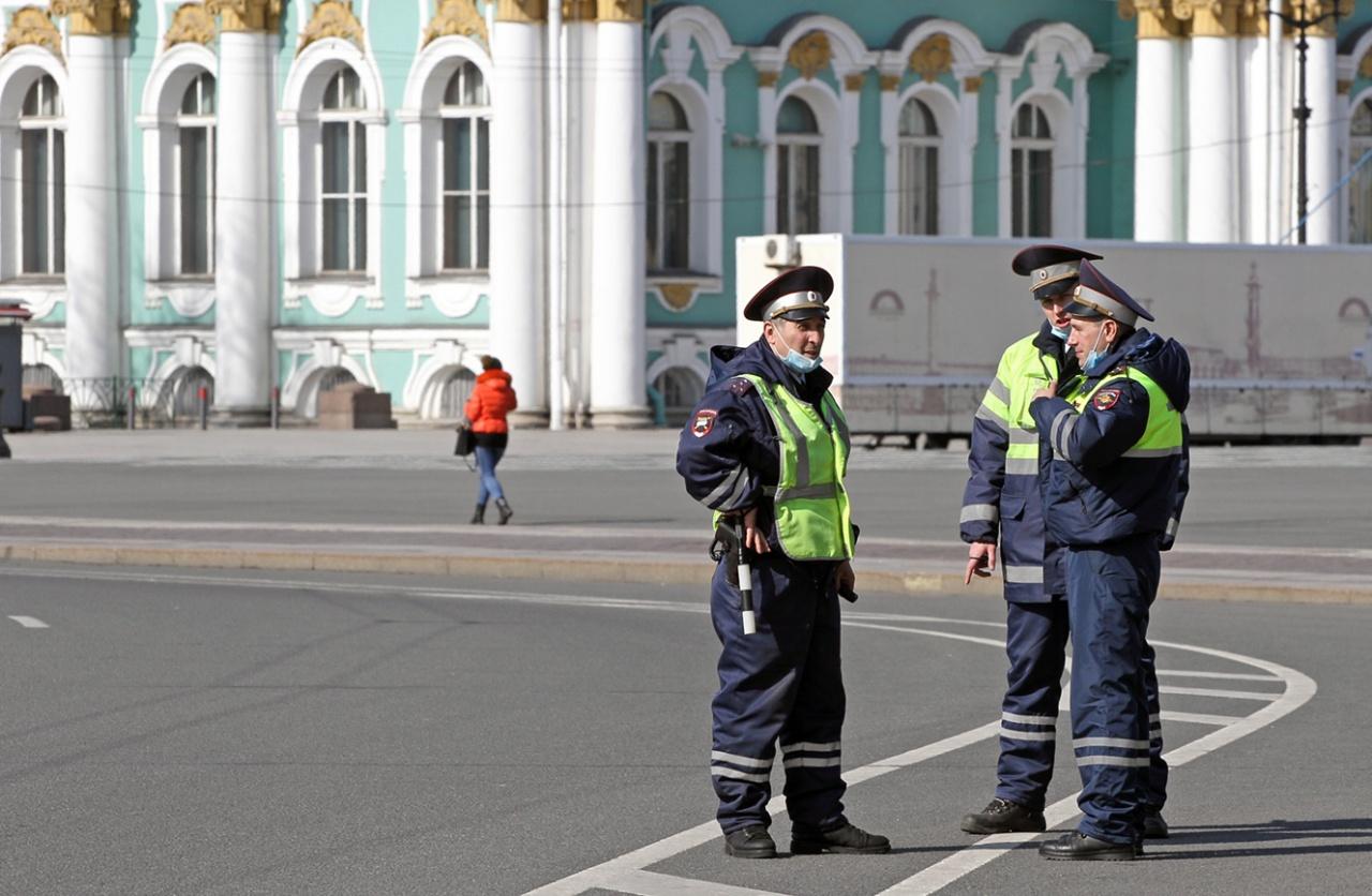 фото ЗакС политика В Ленобласти поймали экс-депутата на авто с незаконными дипломатическими номерами