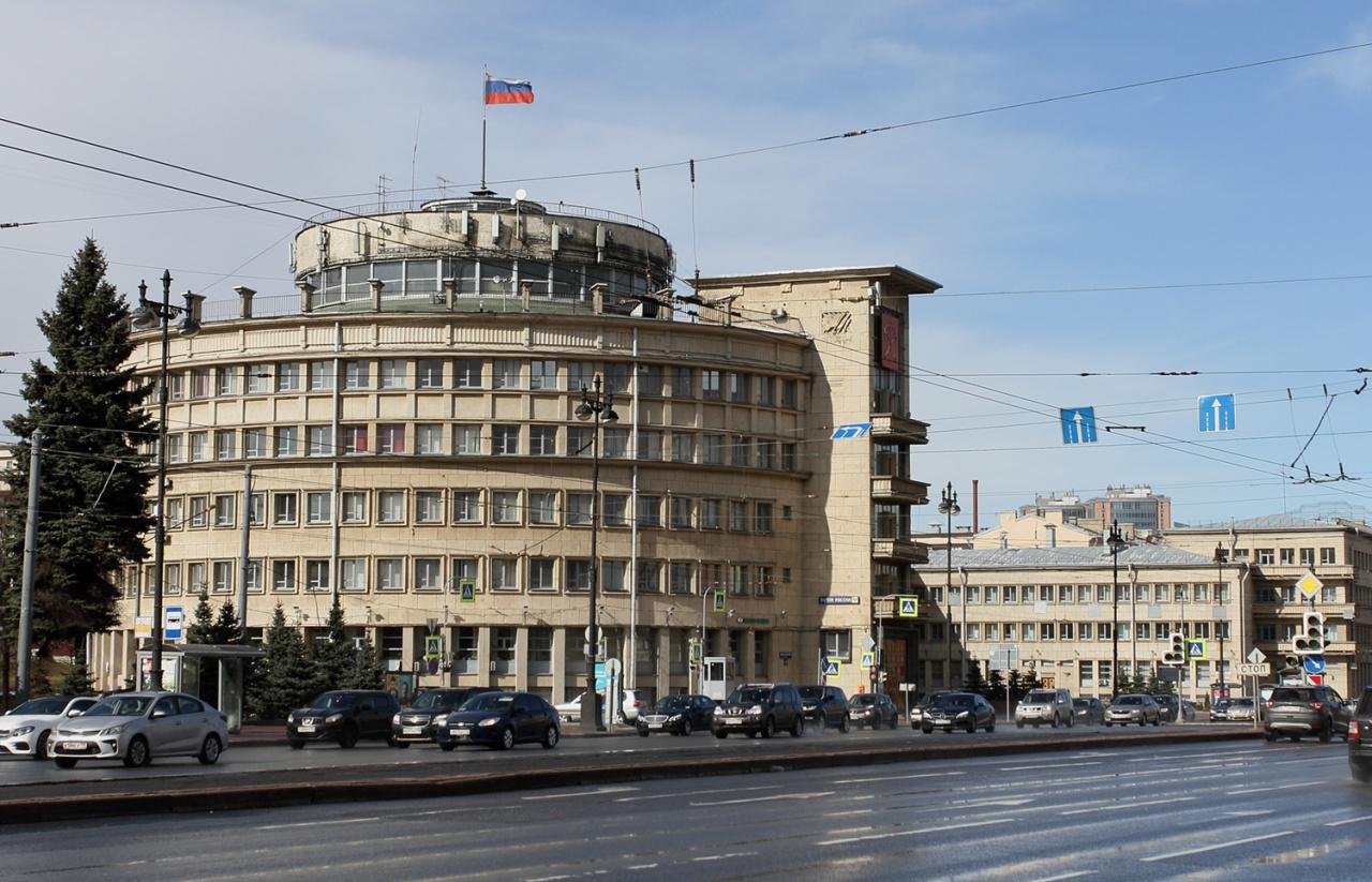 Московский район временно остался без главы: управленец попал в инфекционный стационар
