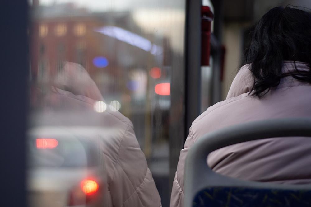Жителей Новгородской области обяжут носить СИЗ в транспорте