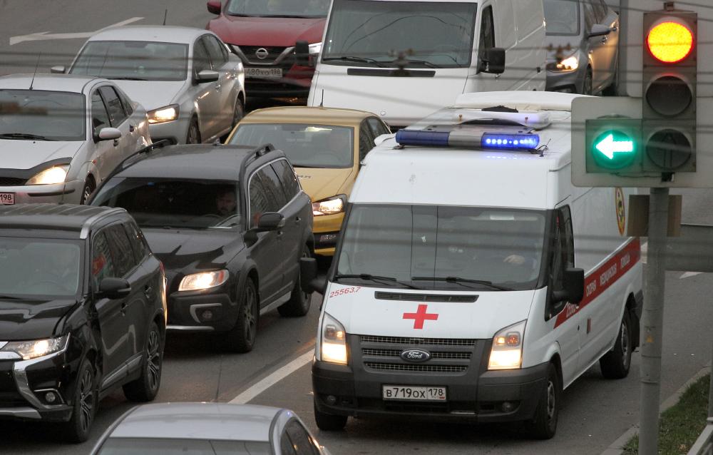 фото ЗакС политика В Петербурге продолжает снижаться число ковид-госпитализаций