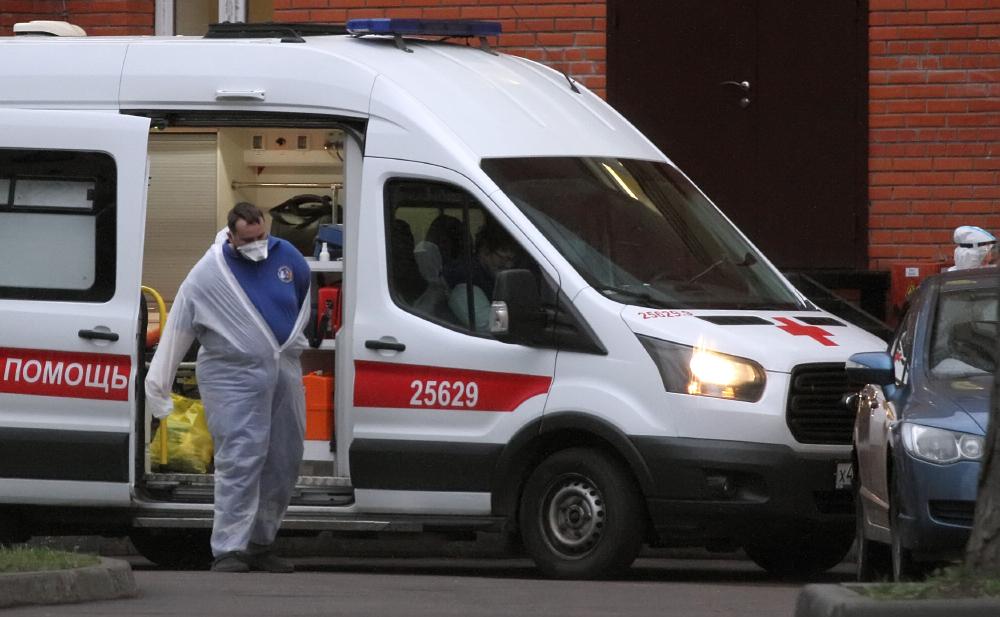 фото ЗакС политика После праздников в Петербурге резко выросло число COVID-обращений к врачам