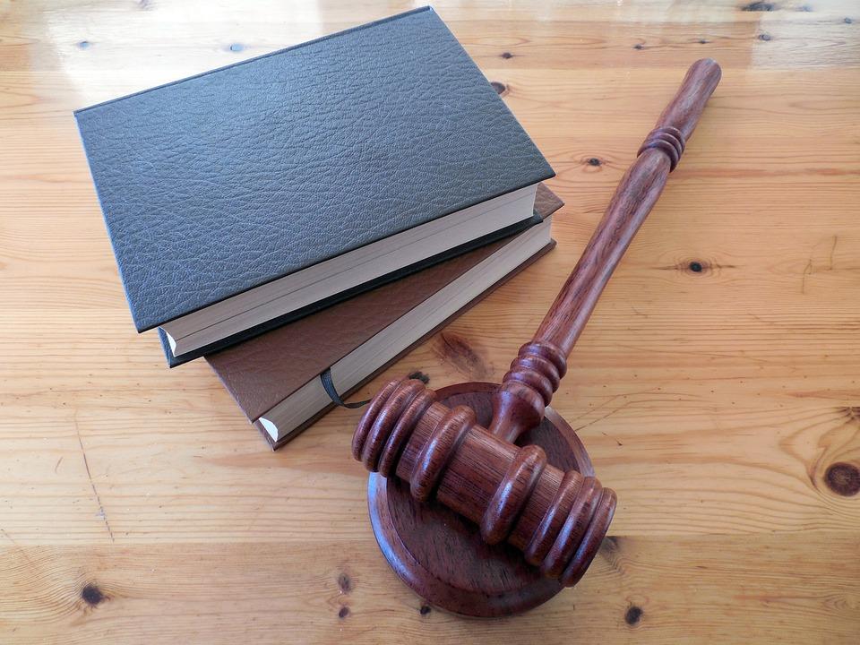 Суд признал ФБК* экстремисткой организацией
