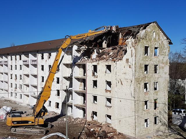 фото ЗакС политика Дмитриева раскритиковала законопроект об изъятии любого жилья под реновацию в России