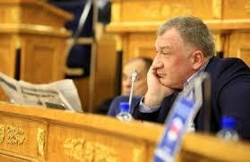 фото ЗакС политика Депутат из Ленобласти Владимир Петров отказался от карьеры парламентария