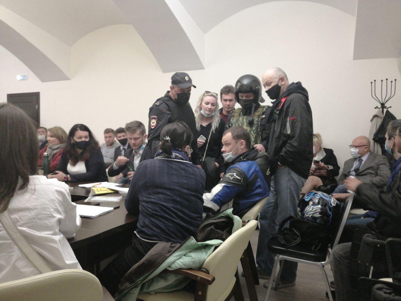 """фото ЗакС политика В МО """"Смольнинское"""" снова не смогли выбрать главу"""