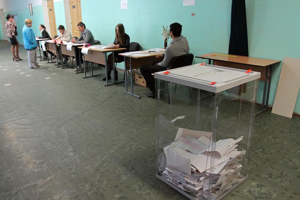 Миронов предложил не размещать избирательные участки в школах