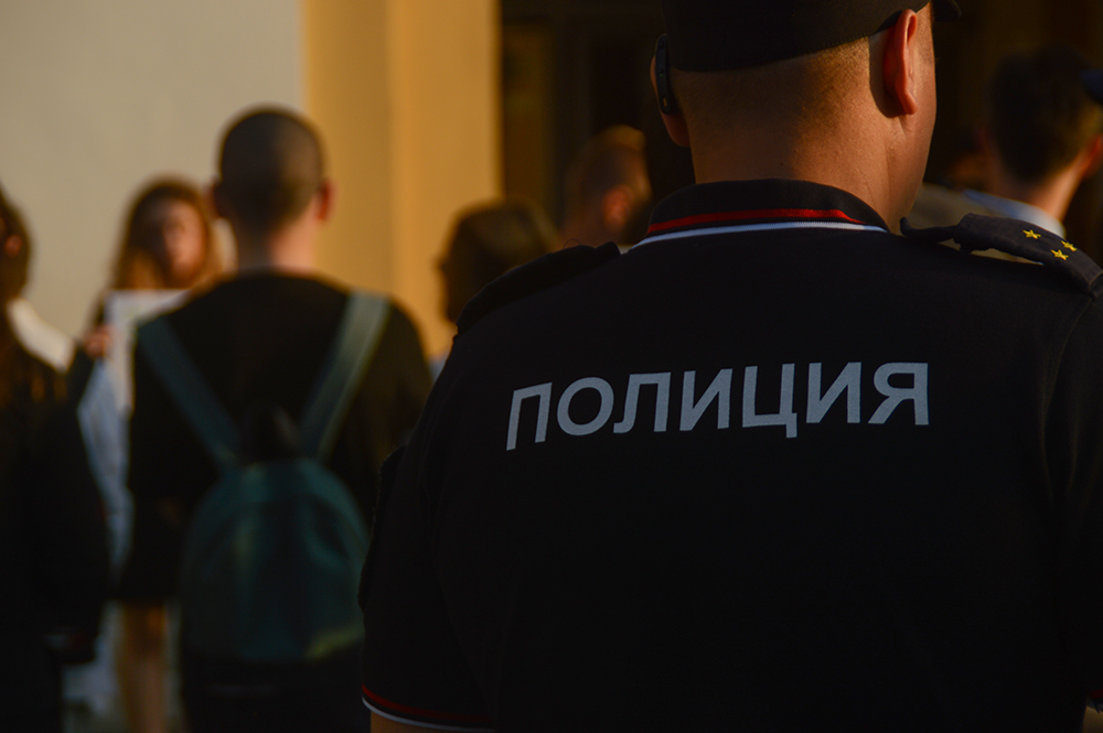 В Москве вновь задержали экоактивиста в пикете против изменения климата