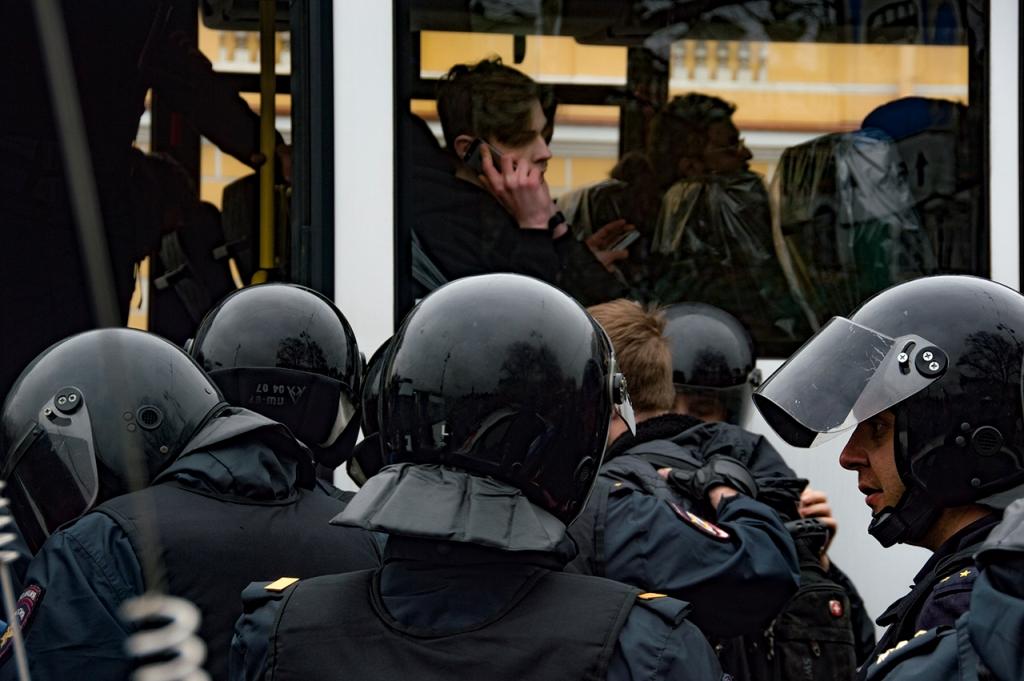 фото ЗакС политика В Петербурге задержали подозреваемого в нападении на силовиков на акции 31 января