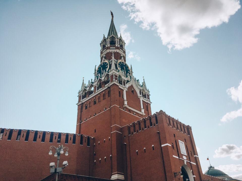 """фото ЗакС политика """"Акт неповиновения зафиксирован"""": В Кремле прокомментировали штраф Френкелю за инцидент с переломом руки"""