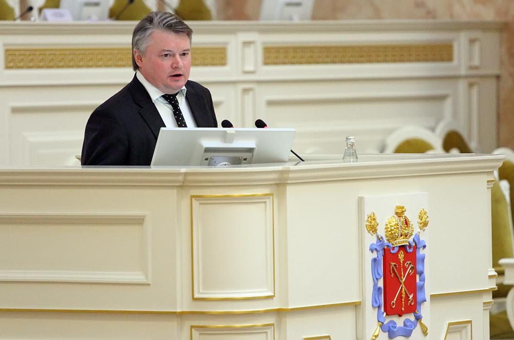 Вместо самоизолировавшегося Беглова проект бюджета депутатам представит Батанов