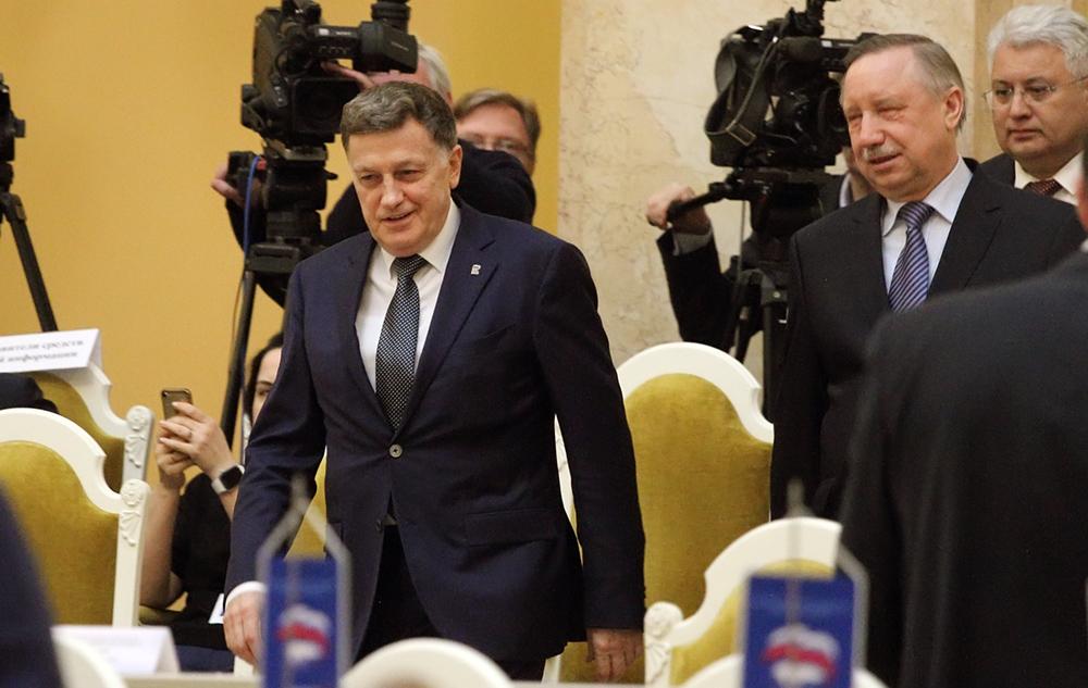 фото ЗакС политика Беглов и Макаров вспомнили о поправках в Конституцию, поздравляя с Днем семьи, любви и верности