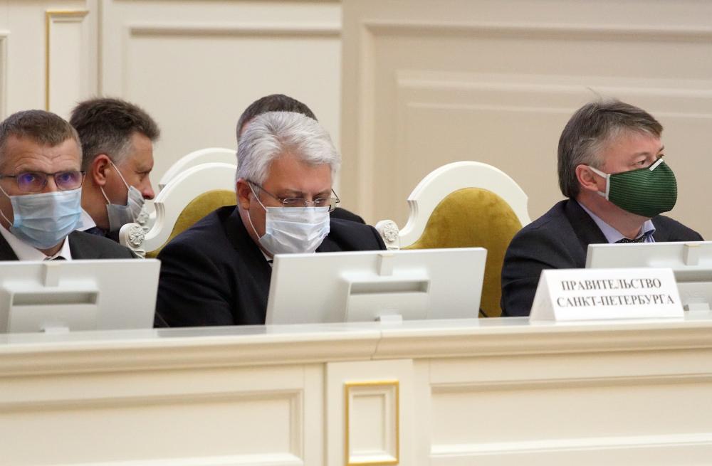 фото ЗакС политика Петербург до конца 2020 года приобретет 276 аппаратов ИВЛ