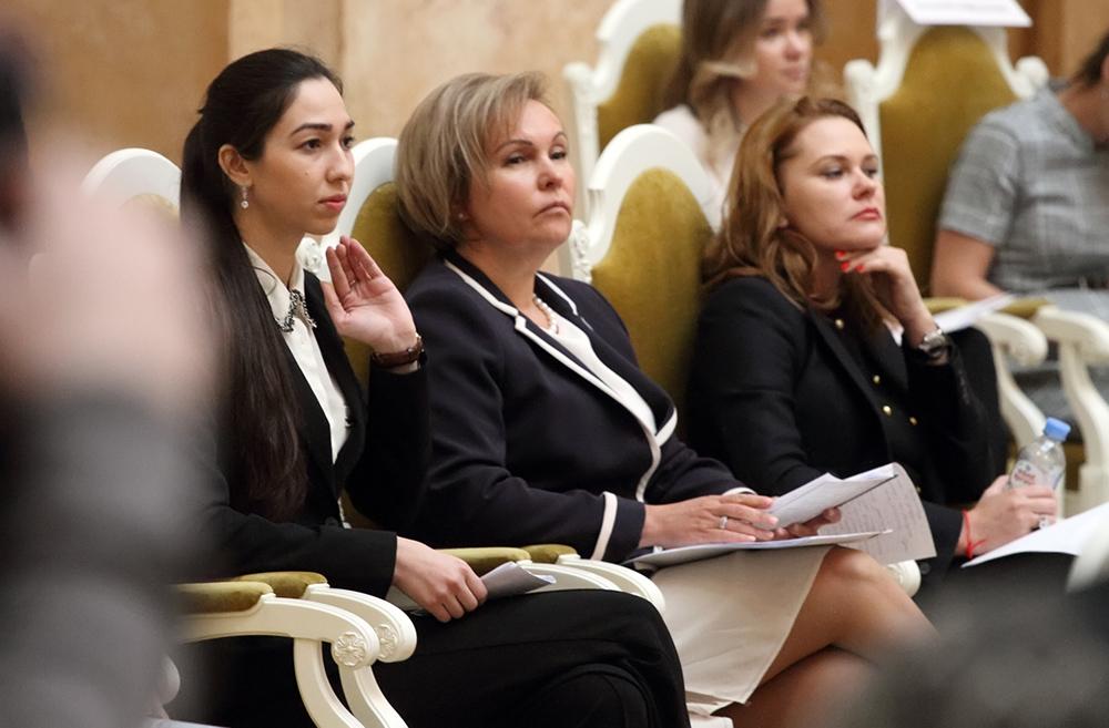 Митянина: Общеобразовательным учреждениям Петербурга не хватает 30 тысяч мест