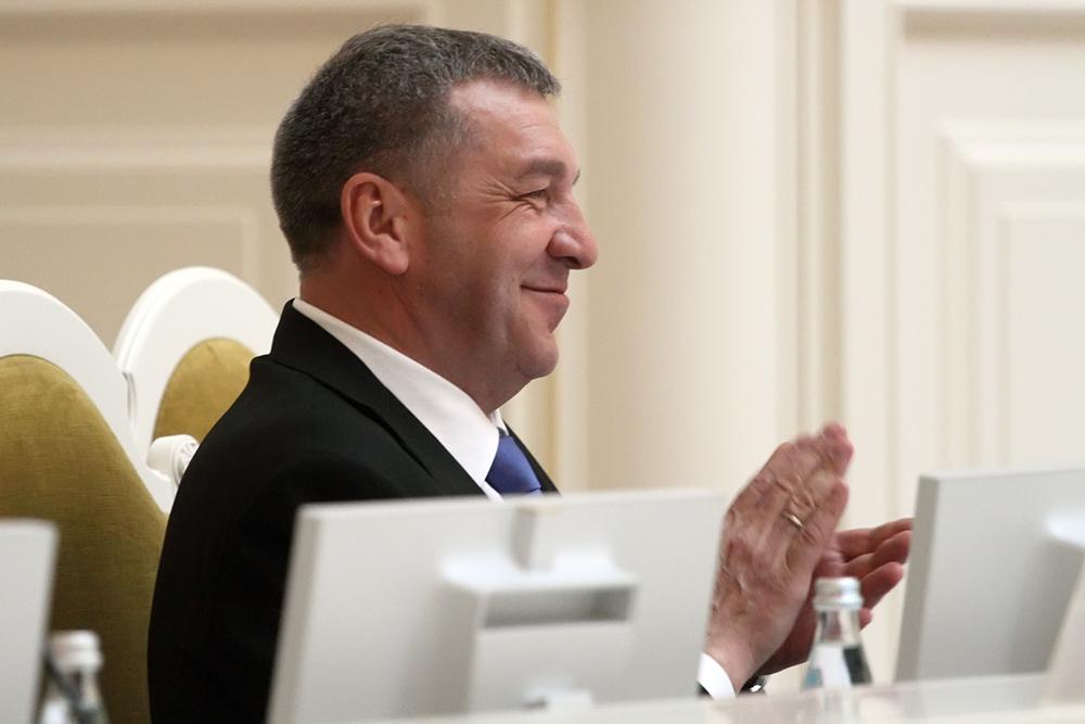 "фото ЗакС политика РБК: Бывший вице-губернатор Албин стал вице-президентом ""Газпромбанка"""