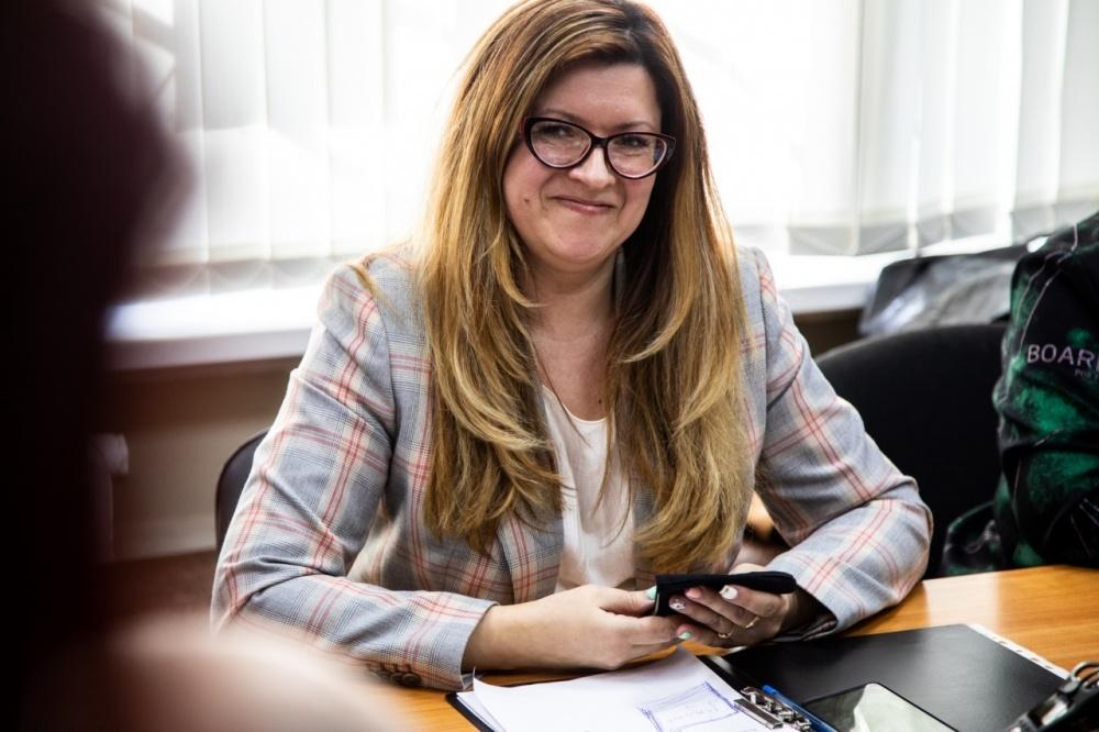 """Вопрос о лишении мандата Лебедевой из МО """"Горелово"""" снова обсудят в мае"""