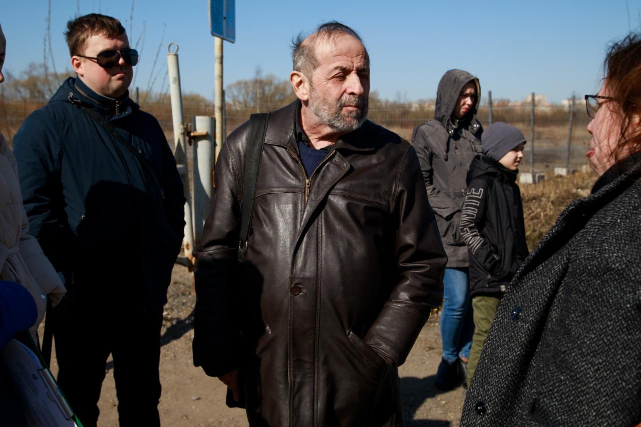 Вишневский и представитель ККИ встретились с защитниками Полежаевского парка