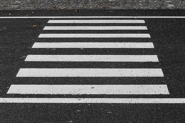 фото ЗакС политика Суд обязал комблаг установить ограждения на трех перекрестках Петербурга по требованию прокуратуры