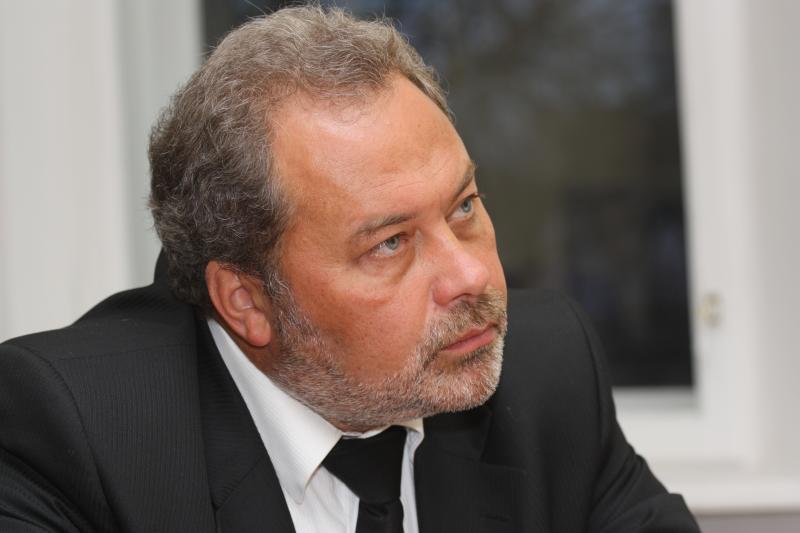 Глава УФАС Петербурга Владимиров покидает свой пост