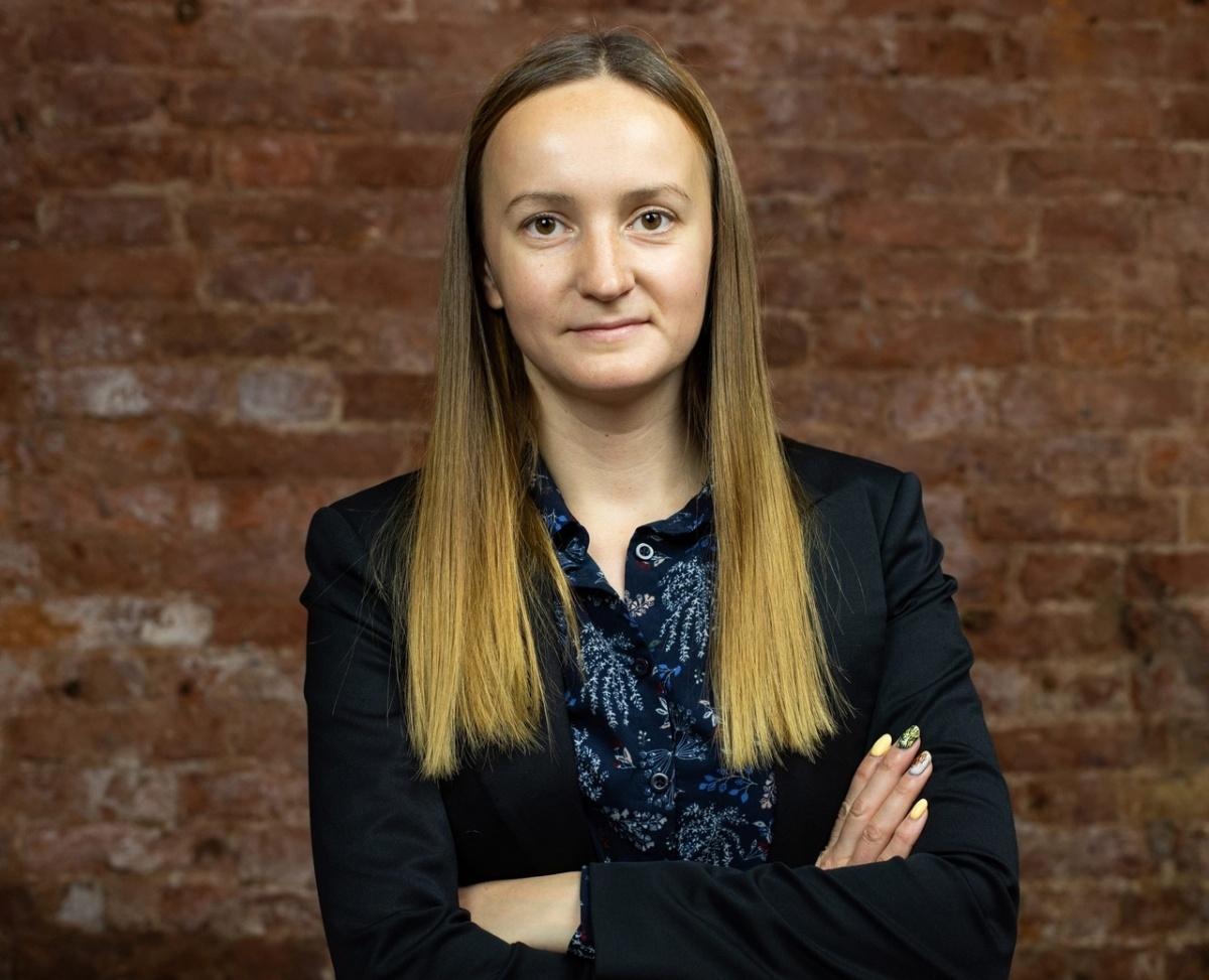 фото ЗакС политика Экс-мундеп Каруличева спустя полтора месяца узнала, за что ее лишили мандата