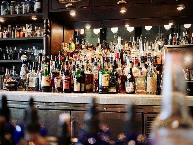 Владельцев баров-нарушителей на Рубинштейна могут начать привлекать к уголовной ответственности