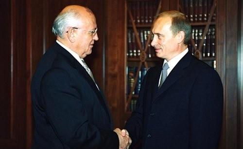 фото ЗакС политика Путин поздравил Михаила Горбачева с 90-летним юбилеем